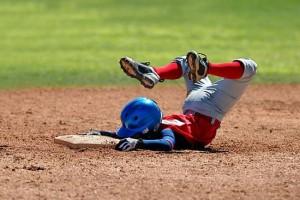 kid-faceplant-baseball